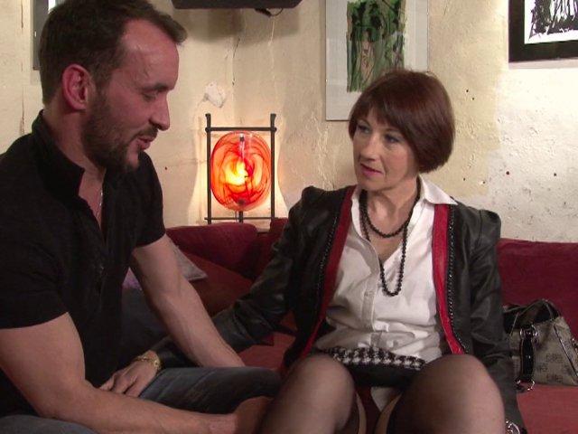 Une femme mature française à gros seins